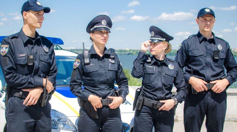 У Львові підприємці запрошують нових поліцейських на безкоштовні «приємності»