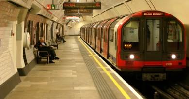 Новообраний мер Лондона розповів детальний план змін вартості проїзду на громадському транспорті міста