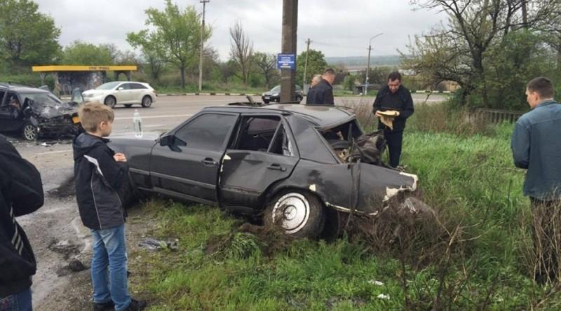 Біля села Григорівка два автомобіля потрапили в аварію